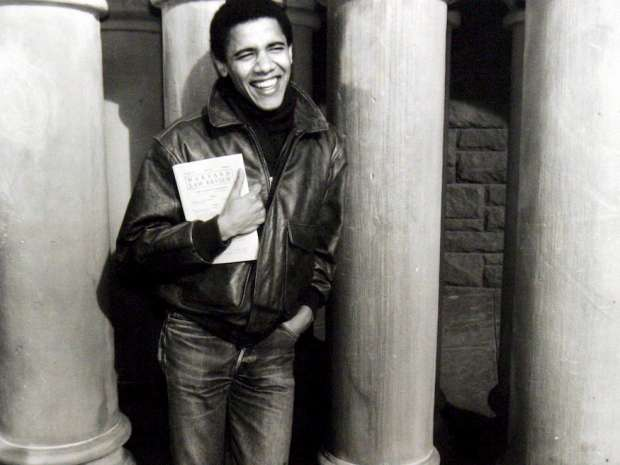 epa02846575 (FILE) An undated handout picture courtesy of Obama for America shows Barack Obama at Harvard Law ...